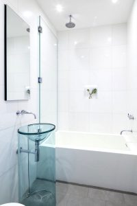 Get a Modern Bathroom with These Easy Ideas
