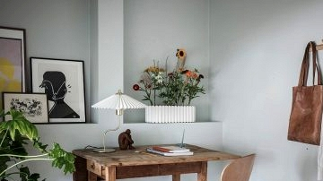 Gray workplace area