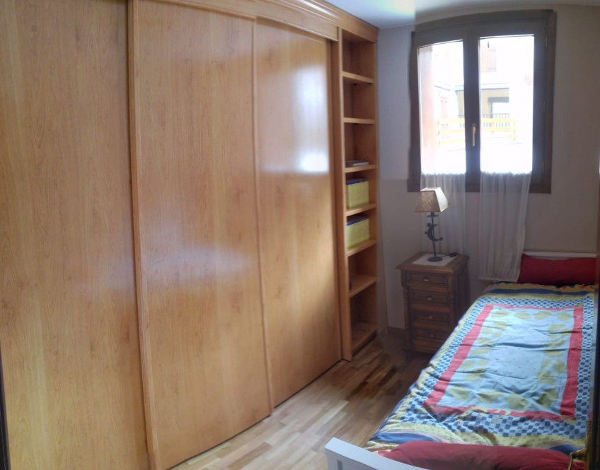 Wardrobe-before-renovation-with-ecological-self-adhesive-wallpaper-of-trees-the-forest-lokoloko
