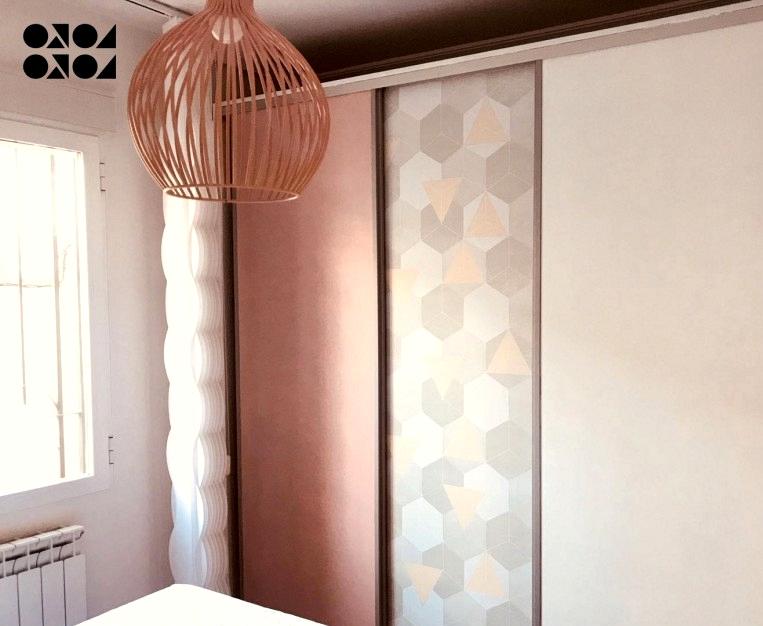 Self-adhesive-opaque-vinyl-of-Nordic-and-warm-hexagons-to-stick-on-closet-doors-lokoloko