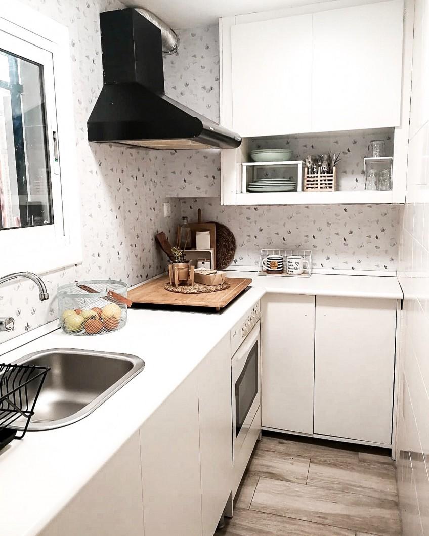 after vinyl for walls and kitchen tiles lokoloko