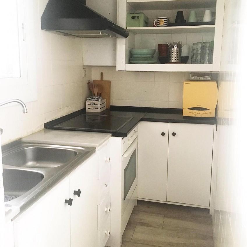 Kitchen-before-vinyl