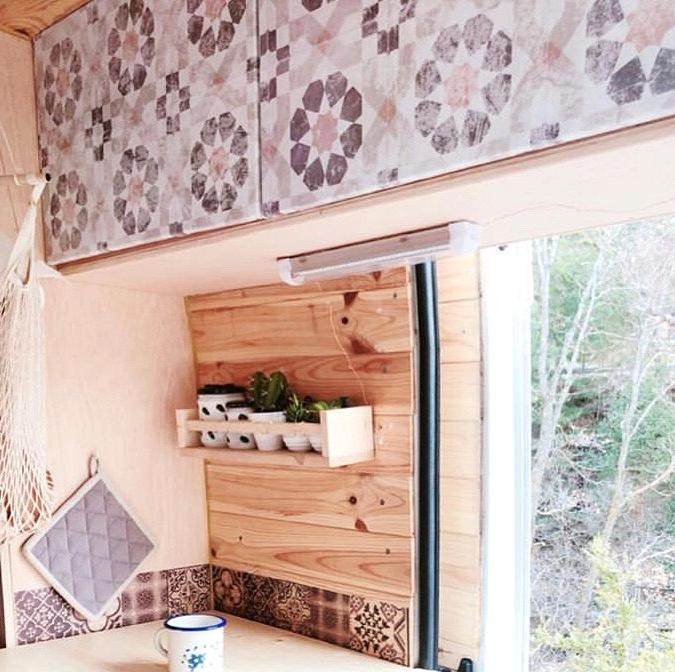Self-adhesive-vinyl-of-vintage-geometric-pattern-to-decorate-interior-of-caravans-vintage-lokoloko