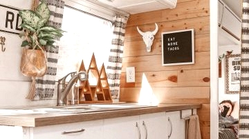 Probably the most lovely caravan decorations on Pinterest