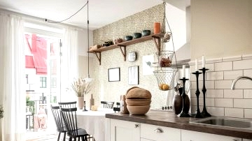 Cozy kitchen with a traditional look