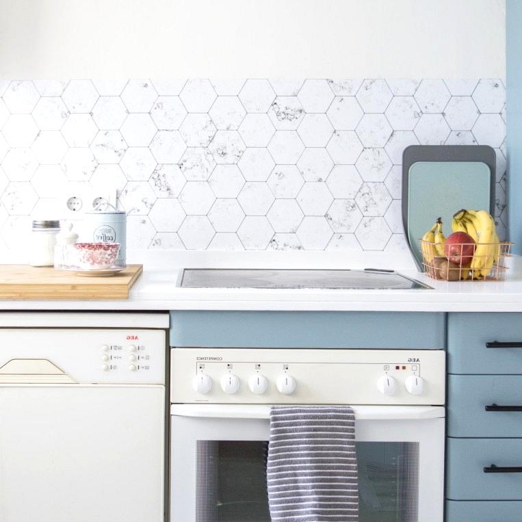 Vinyl-hexagonal-white-marble-tiles-mini-to-cover-front-kitchen-lokoloko